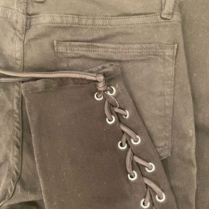 GOOD AMERICAN Lace Up Skinny Jeans Sz 6